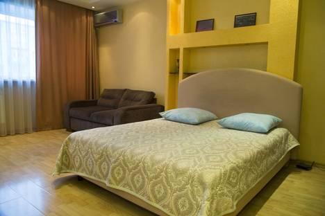 Сдается 1-комнатная квартира посуточнов Красноярске, ул. Карла Маркса, д. 92.