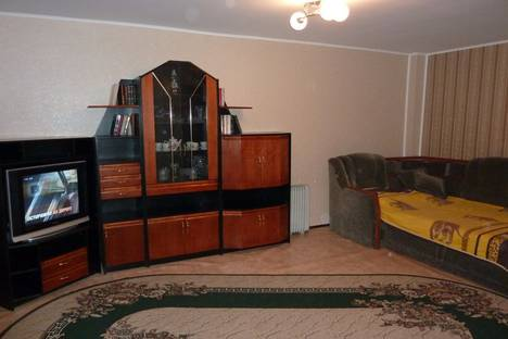 Сдается 1-комнатная квартира посуточнов Саратове, Шевченко 33/45.