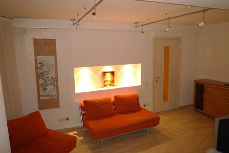 Сдается 2-комнатная квартира посуточно в Красноярске, Республики, 43.