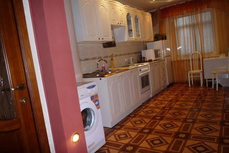 Сдается 1-комнатная квартира посуточно в Красноярске, ул. Диктатуры пролетариата, 40-а.