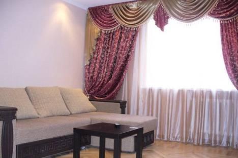 Сдается 2-комнатная квартира посуточно в Ростове-на-Дону, пр. Ленина д.65.
