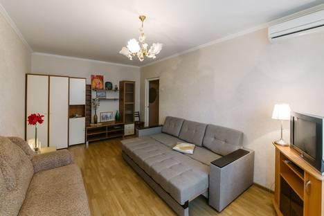 Сдается 1-комнатная квартира посуточно в Ростове-на-Дону, ул. Добровольского 40.
