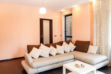 Сдается 1-комнатная квартира посуточнов Тюмени, ул. Максима Горького, 68к1.