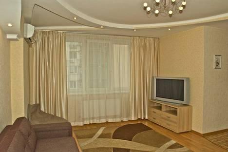 Сдается 2-комнатная квартира посуточнов Тюмени, ул. Пермякова, д.48.