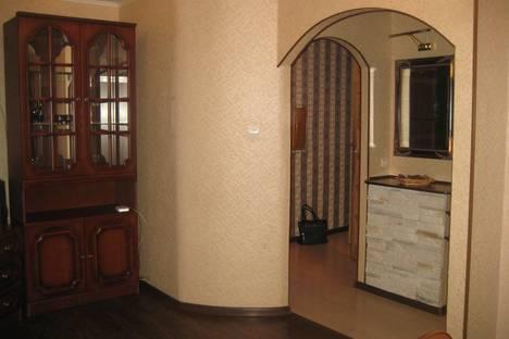 Сдается 1-комнатная квартира посуточно в Омске, Ирт. набережная 33.