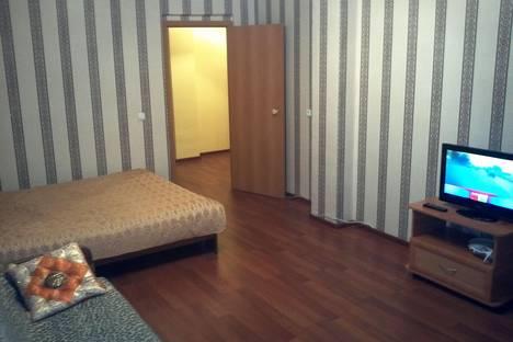Сдается 2-комнатная квартира посуточно в Кирове, Преображенская ул., 82к1.