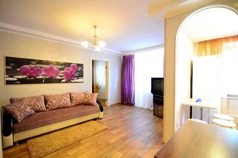 Сдается 2-комнатная квартира посуточно в Воронеже, ул. Кольцовская д.58.