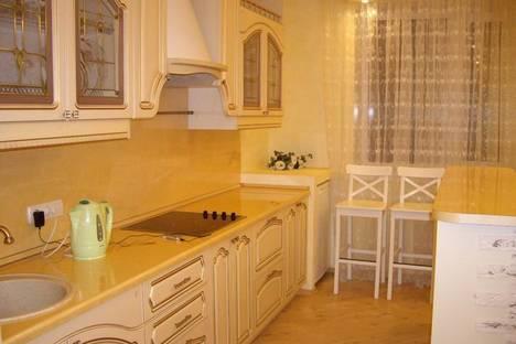 Сдается 1-комнатная квартира посуточнов Екатеринбурге, Крауля 2.