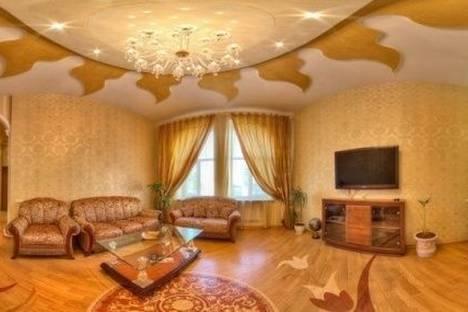Сдается 4-комнатная квартира посуточно в Харькове, Пушкинская улица, д. 19.