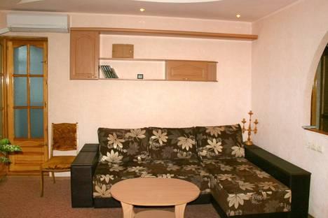 Сдается 2-комнатная квартира посуточно в Харькове, Славянская, 4.