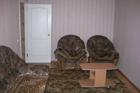Сдается 2-комнатная квартира посуточнов Назарове, Юго-Восточный район дом 33.