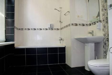 Сдается 1-комнатная квартира посуточно в Харькове, ул. Рымарская 19.