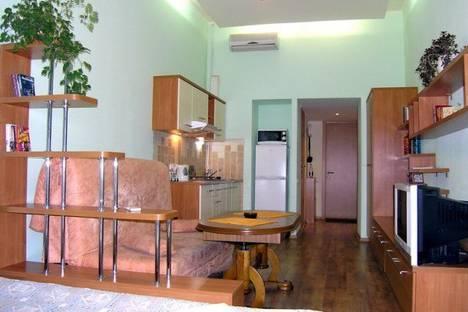 Сдается 1-комнатная квартира посуточно в Харькове, ул. Пушкинская 63.