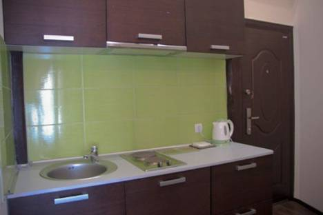 Сдается 2-комнатная квартира посуточно в Харькове, ул. Олеся Гончара 2.