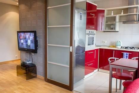 Сдается 2-комнатная квартира посуточно, пр. Ленина, 24.
