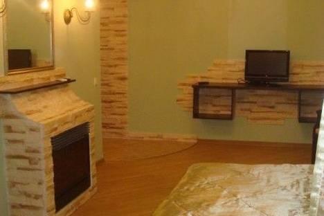 Сдается 1-комнатная квартира посуточно в Харькове, ул. Ленина, 29.