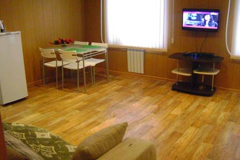 Сдается 1-комнатная квартира посуточнов Балашове, ул. Привокзальная, д. 1.