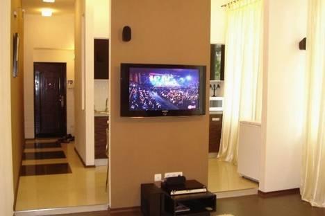 Сдается 2-комнатная квартира посуточно в Харькове, ул. Чичибабина, 3.