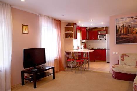 Сдается 1-комнатная квартира посуточнов Нижнем Новгороде, Ильинская 76.