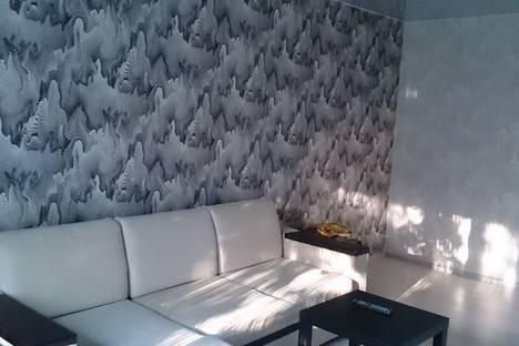Сдается 2-комнатная квартира посуточнов Нефтеюганске, ул. Ленина, 1.