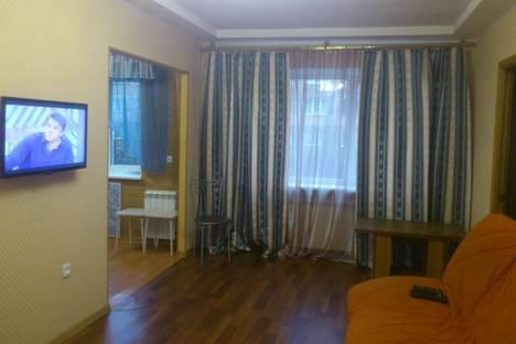 Сдается 2-комнатная квартира посуточно в Мурманске, Буркова 21.