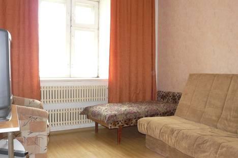 Сдается 1-комнатная квартира посуточнов Кирове, ул. Сурикова, 52.