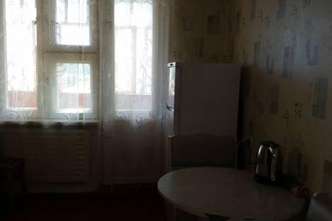 Сдается 2-комнатная квартира посуточнов Усть-Илимске, проспект Дружбы Народов, 42.