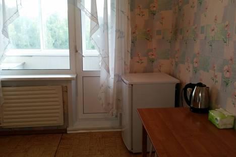 Сдается 2-комнатная квартира посуточнов Усть-Илимске, ул. Федотова, 4.