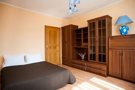 Сдается 1-комнатная квартира посуточно в Москве, ул. Введенского, 24,к.2.