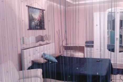 Сдается 1-комнатная квартира посуточно, Октябрьская, 79.