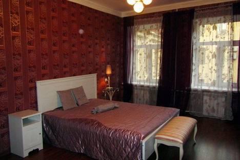 Сдается 2-комнатная квартира посуточнов Санкт-Петербурге, Наб. реки Мойки, 27.