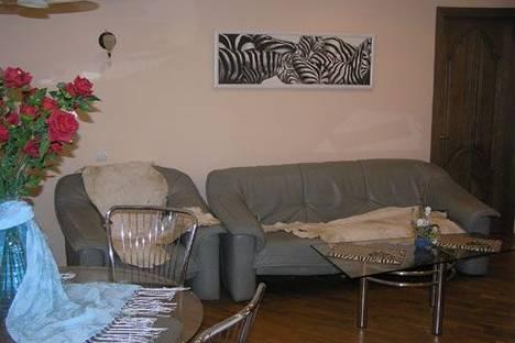 Сдается 2-комнатная квартира посуточно в Днепре, ул Ленина, 20.