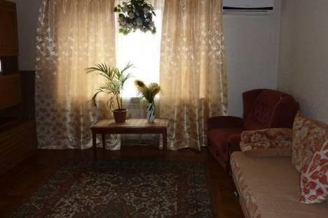 Сдается 2-комнатная квартира посуточнов Южном, Николаевская Дорога улица, д. 305.