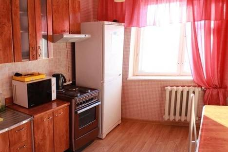 Сдается 2-комнатная квартира посуточнов Тобольске, 9 мкр, 27.