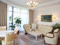 Сдается посуточно 3-комнатная квартира в Алуште. 200 м кв. ул.Ленина,10