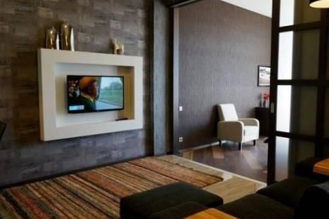 Сдается 3-комнатная квартира посуточно в Одессе, Гагаринское плато улица, д. 5, корп. 3.