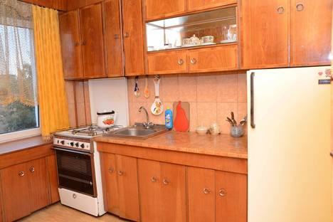 Сдается 1-комнатная квартира посуточно в Каменце-Подольском, Красноармейская улица, д. 10.