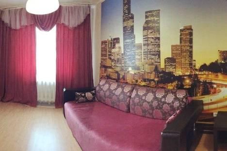 Сдается 1-комнатная квартира посуточнов Салехарде, ул. Свердлова, 39.