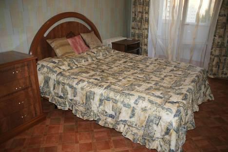 Сдается 3-комнатная квартира посуточно, Рокоссовского 28.
