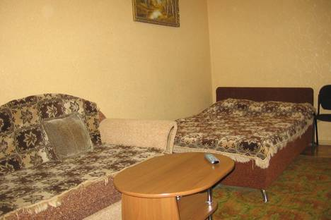 Сдается 2-комнатная квартира посуточно в Черкассах, ул.Новопречистенская ( Седова )31/1.