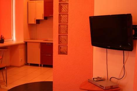 Сдается 2-комнатная квартира посуточнов Кривом Роге, ул. Постышева, д. 7.
