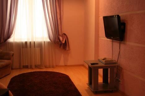 Сдается 2-комнатная квартира посуточно в Кривом Роге, пл. Артема, 1.