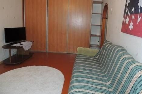 Сдается 1-комнатная квартира посуточно в Пинске, 60 лет Октября улица, д. 22.