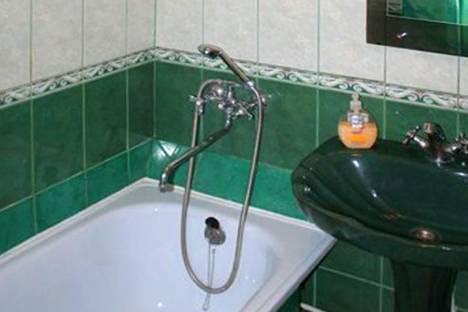 Сдается 2-комнатная квартира посуточнов Сумах, пер. Институтский, 4.