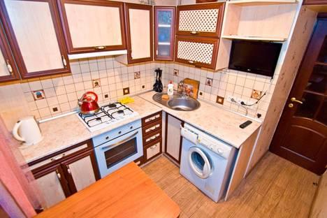 Сдается 2-комнатная квартира посуточно в Феодосии, Федько улица, д. 47.