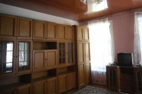 Сдается 2-комнатная квартира посуточно в Таганроге, Фрунзе улица, д. 3.