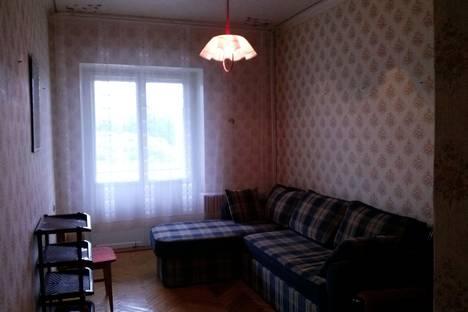 Сдается 2-комнатная квартира посуточно в Железноводске, ул. Калинина, 20.