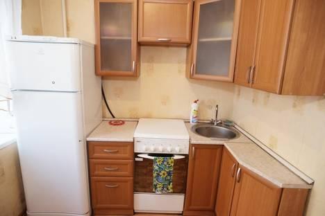 Сдается 3-комнатная квартира посуточно в Челябинске, Сони Кривой 38.
