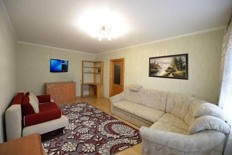 Сдается 2-комнатная квартира посуточнов Тюмени, ул. Ставропольская, 1 корп 2.