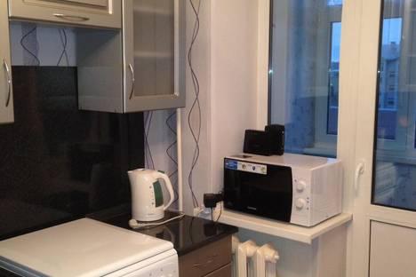 Сдается 1-комнатная квартира посуточно в Боровичах, Ленинградская 44.